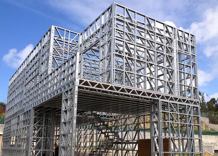تاثیر قدمت سازه در بازسازی ساختمان