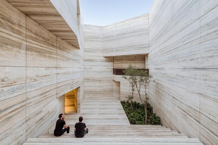 طراحی نمای ساختمان با سنگ